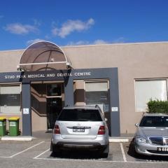 stud_park_medical_centre